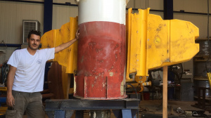 Extensive repairs on a Wavescan buoy