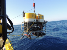 ROV (Remote Operated Vehicle) is diving to the sea for the recovery of the cabled observatory